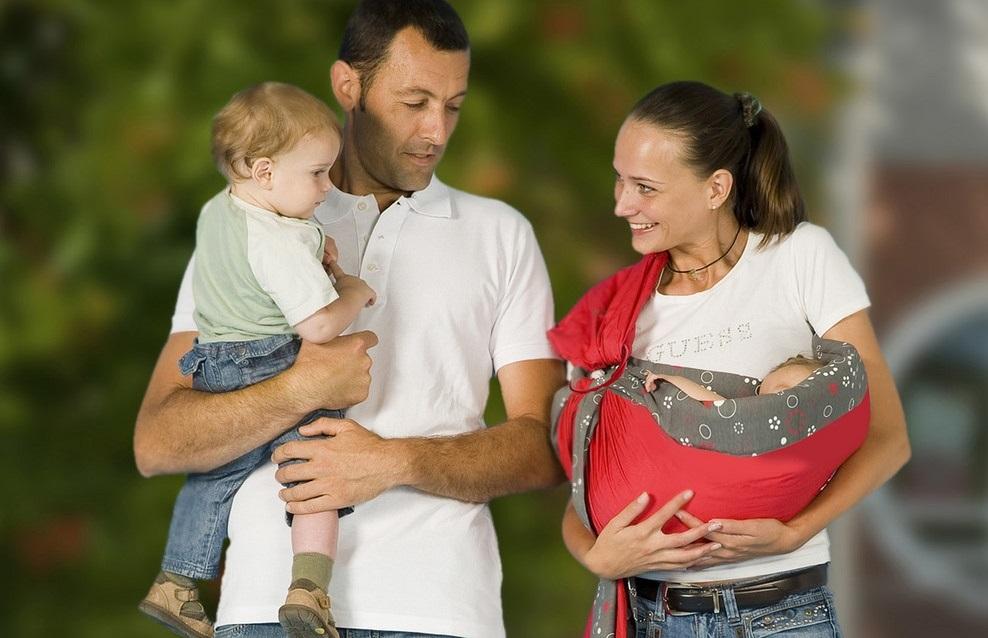 ▷ Echarpes de portage Babymoov. Classement   Guide d achat d6d22e9a3c2
