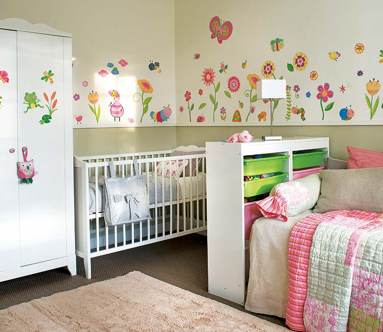 pour un enfant lit de transition ou mod le une place. Black Bedroom Furniture Sets. Home Design Ideas